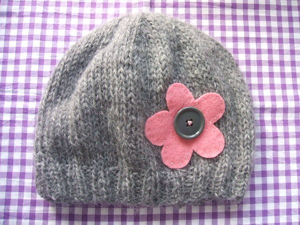 Making Good Use: Simple Two-Needle Knitted Beanie Hat Tutorial